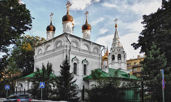 Церковь Спаса Преображения на Песках в Москве