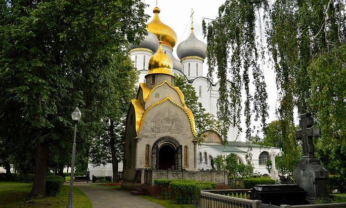 Часовня-усыпальница Прохоровых в Новодевичьем монастыре Москвы