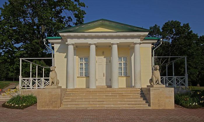 Дворцовый павильон Коломенского Москвы