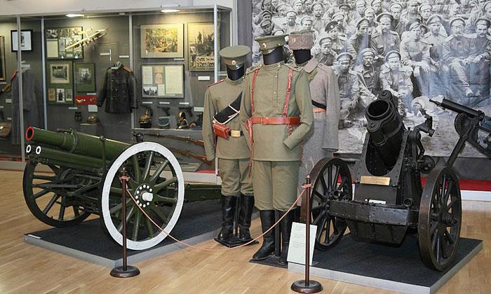 Экспонаты Первой Мировой войны музея современной истории
