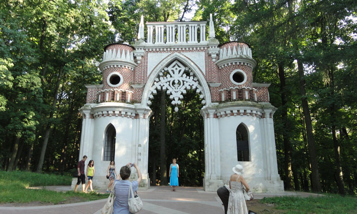 Виноградные ворота Царицыно в Москве