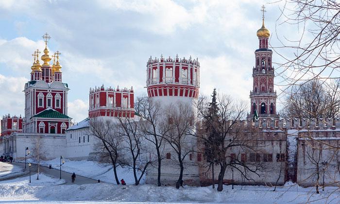 Новодевичий монастырь Москвы