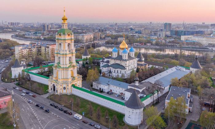Панорама Новоспасского монастыря в Москве