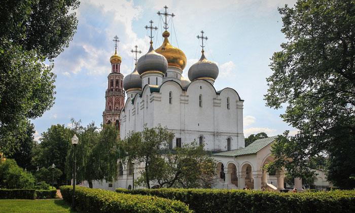 Смоленский собор Новодевичьего монастыря Москвы