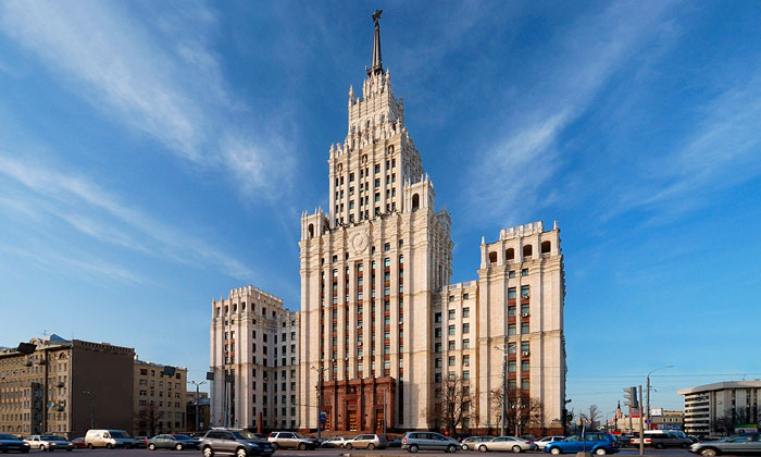 Сталинский небоскрёб на Красных Воротах Москвы