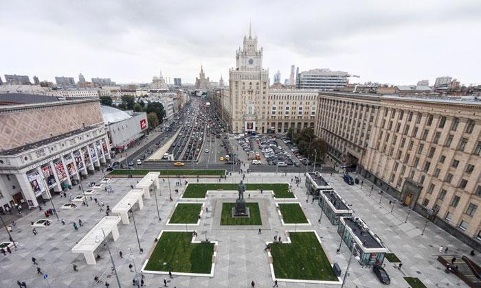 Триумфальная площадь в Москве