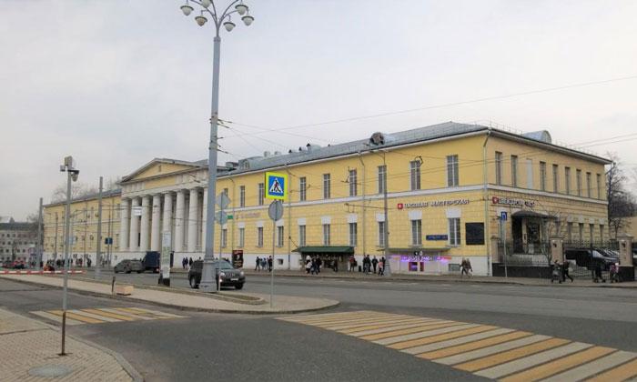 Вдовий дом на Баррикадной улице Москвы