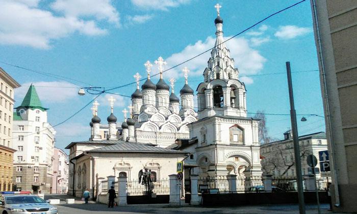 Храм иконы Божией Матери «Знамение» в Москве