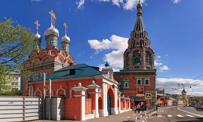 Храм Григория Неокесарийского в Дербицах Москвы