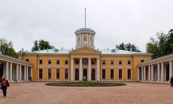Большой дворец Архангельского