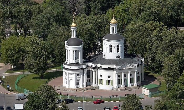 Церковь Влахернской Божьей Матери в Кузьминках Москвы