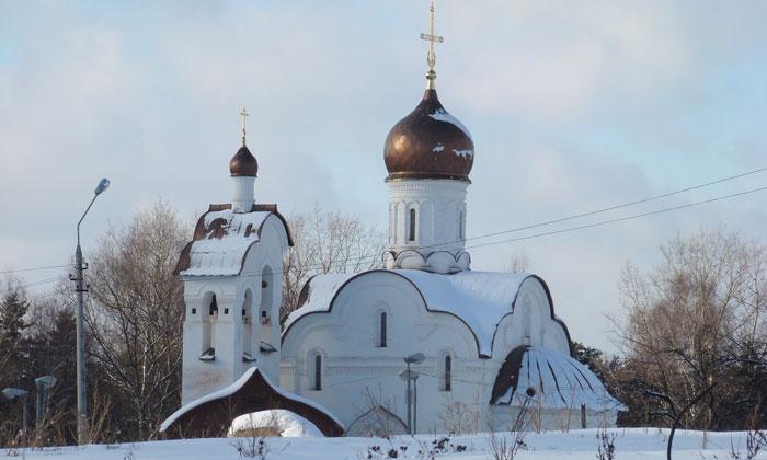Церковь Воскресения Христова в Переделкине