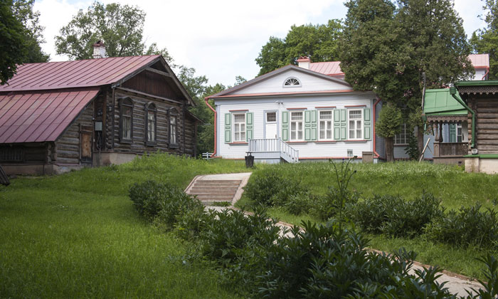 Дома Абрамцево