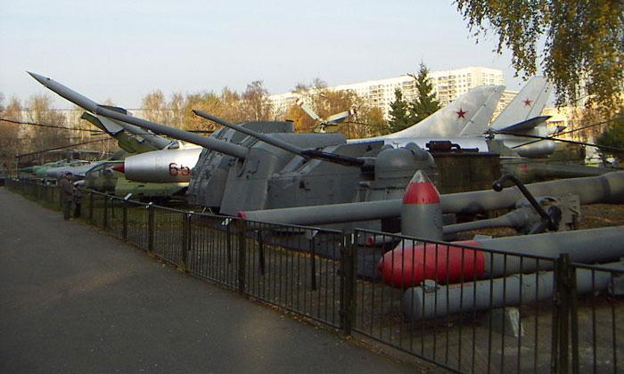 Открытая площадка музея Вооружённых сил в Москве