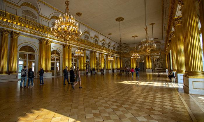 Гербовый зал Эрмитажа