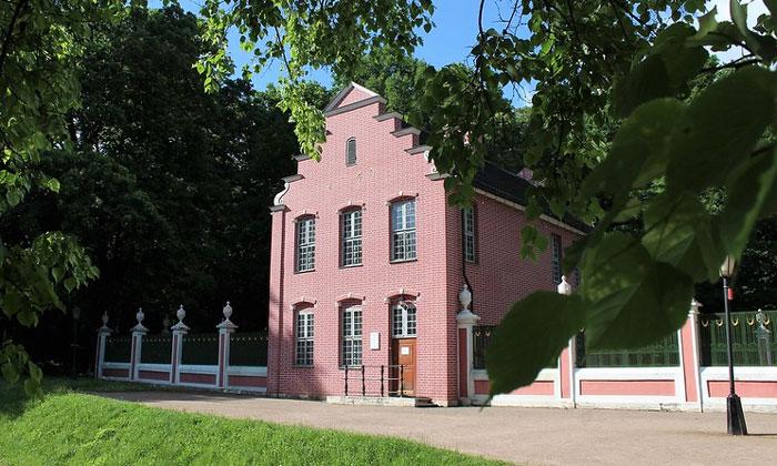 Голландский домик в Кусково Москвы