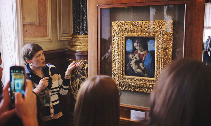 Картина «Мадонна Литта» в Эрмитаже