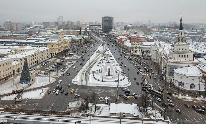 Комсомольская площадь в Москве