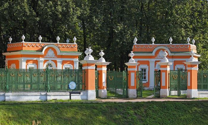Менажереи в Кусково Москвы