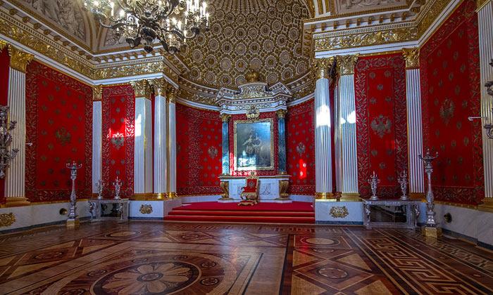 Петровский зал Эрмитажа