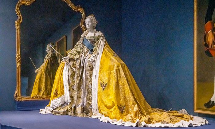 Платье Екатерины Великой в Эрмитаже