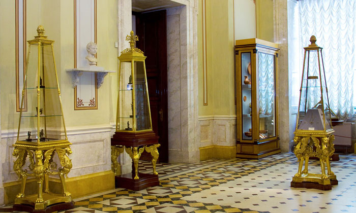 Помпеянский зал Эрмитажа