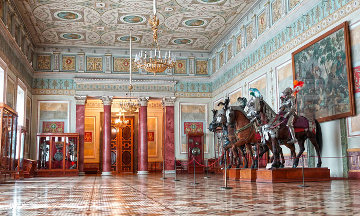 Рыцарский зал Эрмитажа