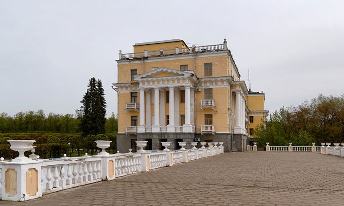 Санаторный корпус Архангельского
