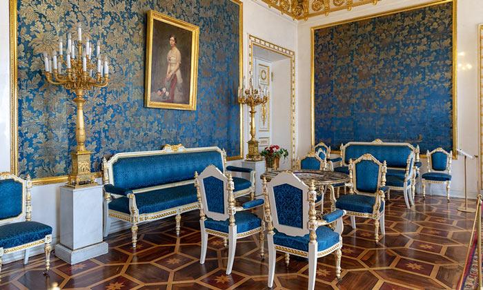 Голубая гостиная Юсуповского дворца в Санкт-Петербурге