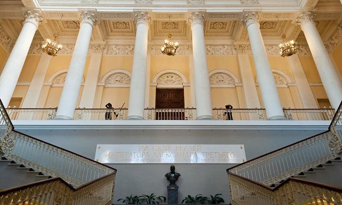 Внутренний интерьер Русского музея