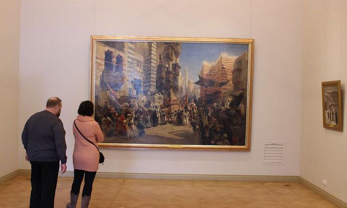 Картина «Перенесение священного ковра в Каире» в Русском музее