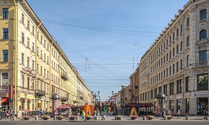 Малая Конюшенная улица в Санкт-Петербурге