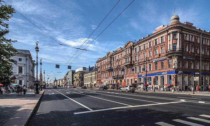 Невский проспект в Петербурге
