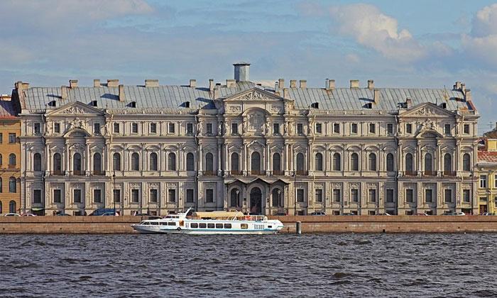 Ново-Михайловский дворец в Санкт-Петербурге