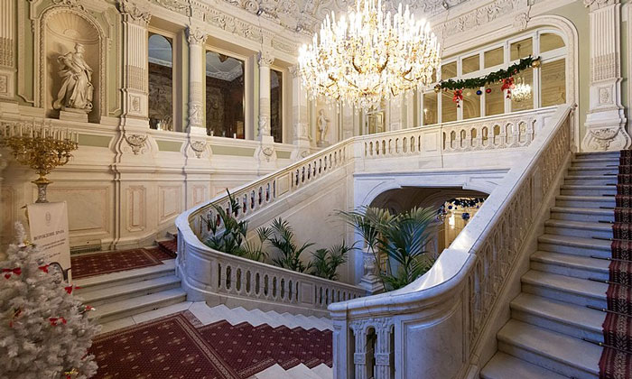 Парадная лестница Юсуповского дворца