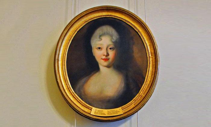 Портрет молодой Елизаветы Петровны в Русском музее