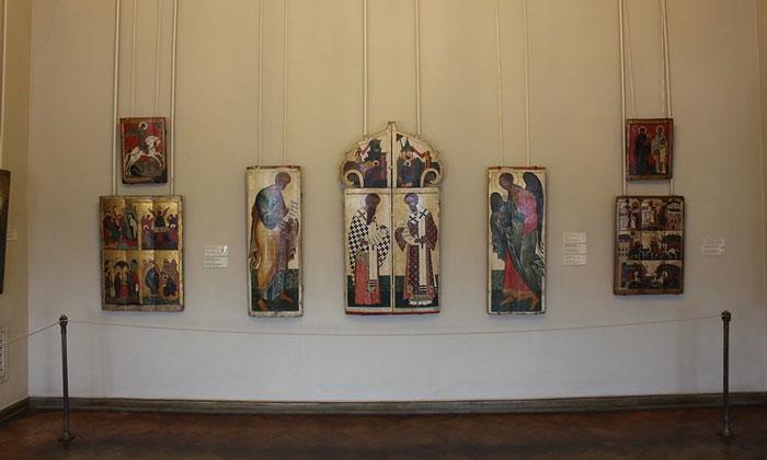 Русские иконы в Русском музее