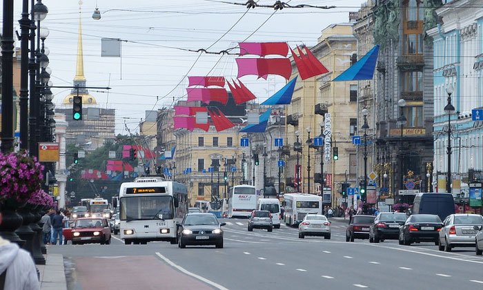Транспорт на Невском проспекте Санкт-Петербурга