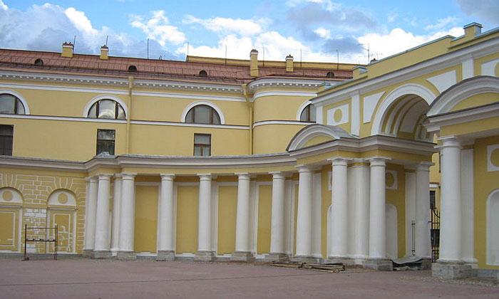 Внутренний двор Юсуповского дворца в Санкт-Петербурге