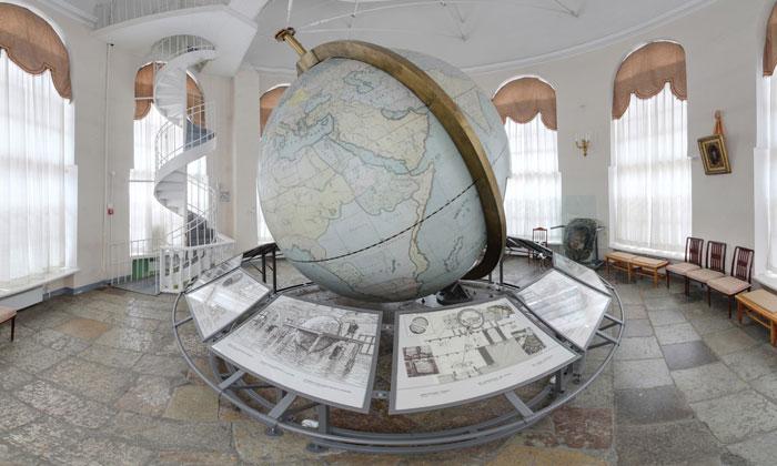 Большой Готторпский глобус в Санкт-Петербурге