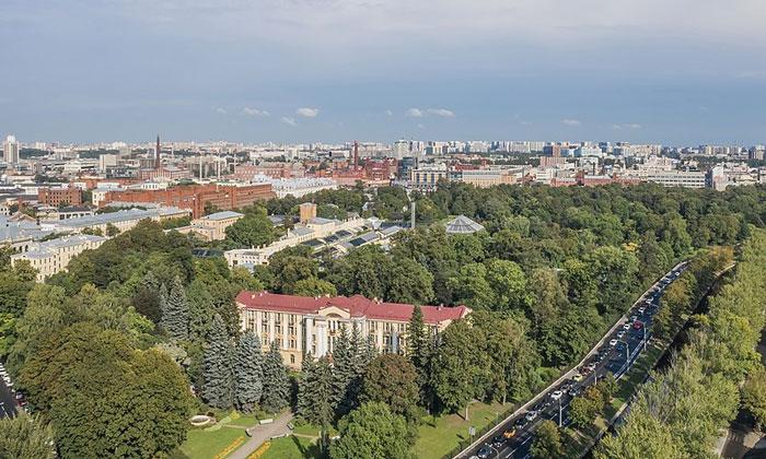 Аптекарский остров в Санкт-Петербурге