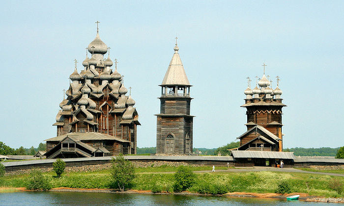 Церковные храмы Кижи