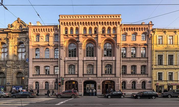 Литейный проспект (дом 44) в Санкт-Петербурге