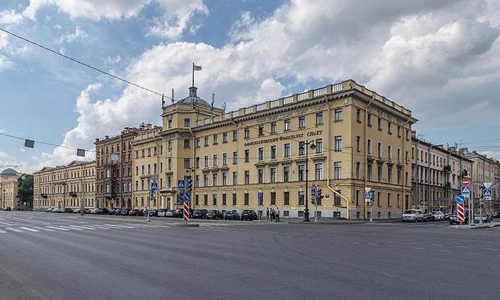 Филологический факультет университета Санкт-Петербурга