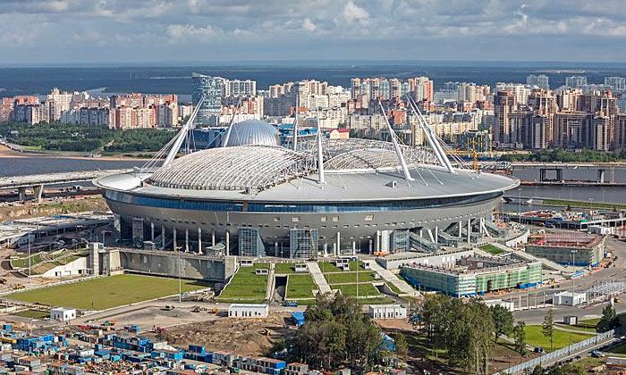 «Газпром Арена» в Санкт-Петербурге
