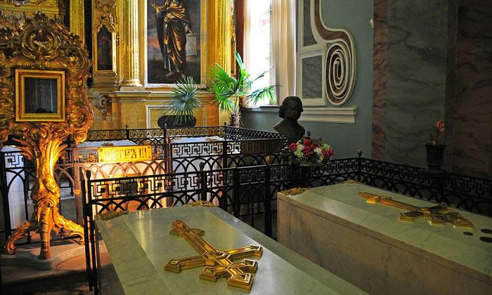 Императорские гробницы Петропавловского собора