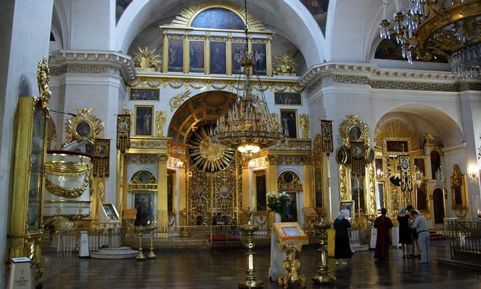 Внутренний интерьер Спасо-Преображенского собора Санкт-Петербурга
