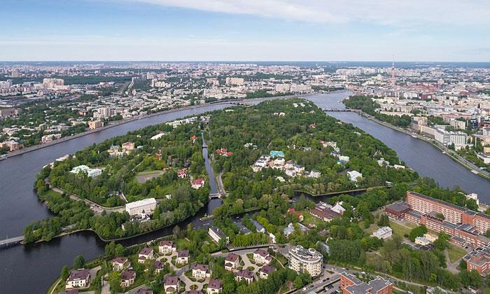 Каменный остров в Санкт-Петербурге