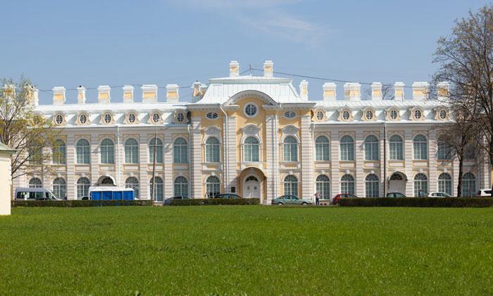 Музей семьи Бенуа в Петергофе