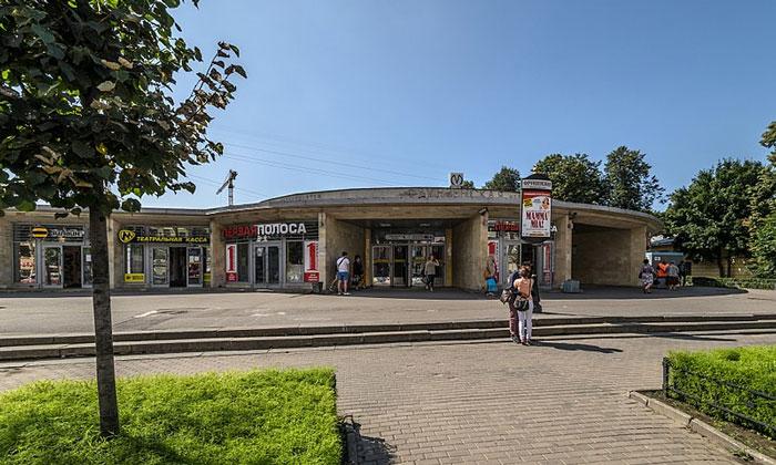 Станция метро «Фрунзенская» в Санкт-Петербурге